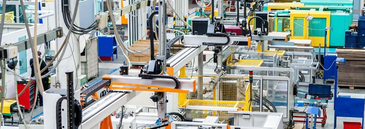 خدمة التصنيع - التعلب بلاست